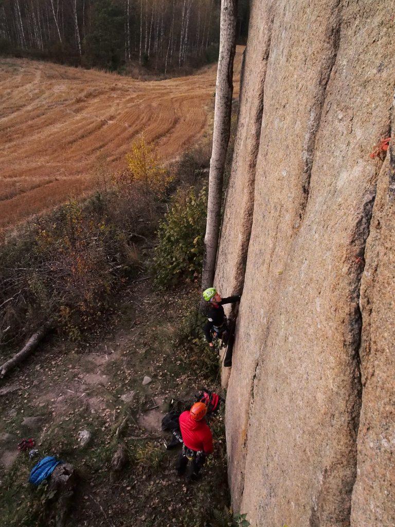 Hopiavuorella kun oltiin, niin pitihän sitä Säkkipilliä taas yrittää.